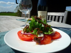 Tomato, onion and blue cheese salad